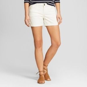 LEE Crafted Mid rise roll cuff jean white shorts